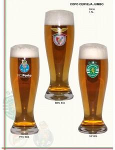 Copos de cerveja dos clubes de futebol